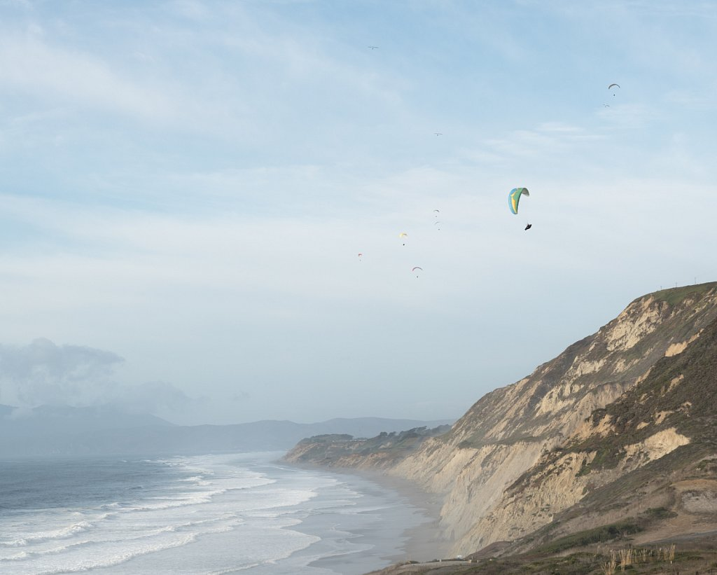 Paragliders at Mussel Rock Open Space